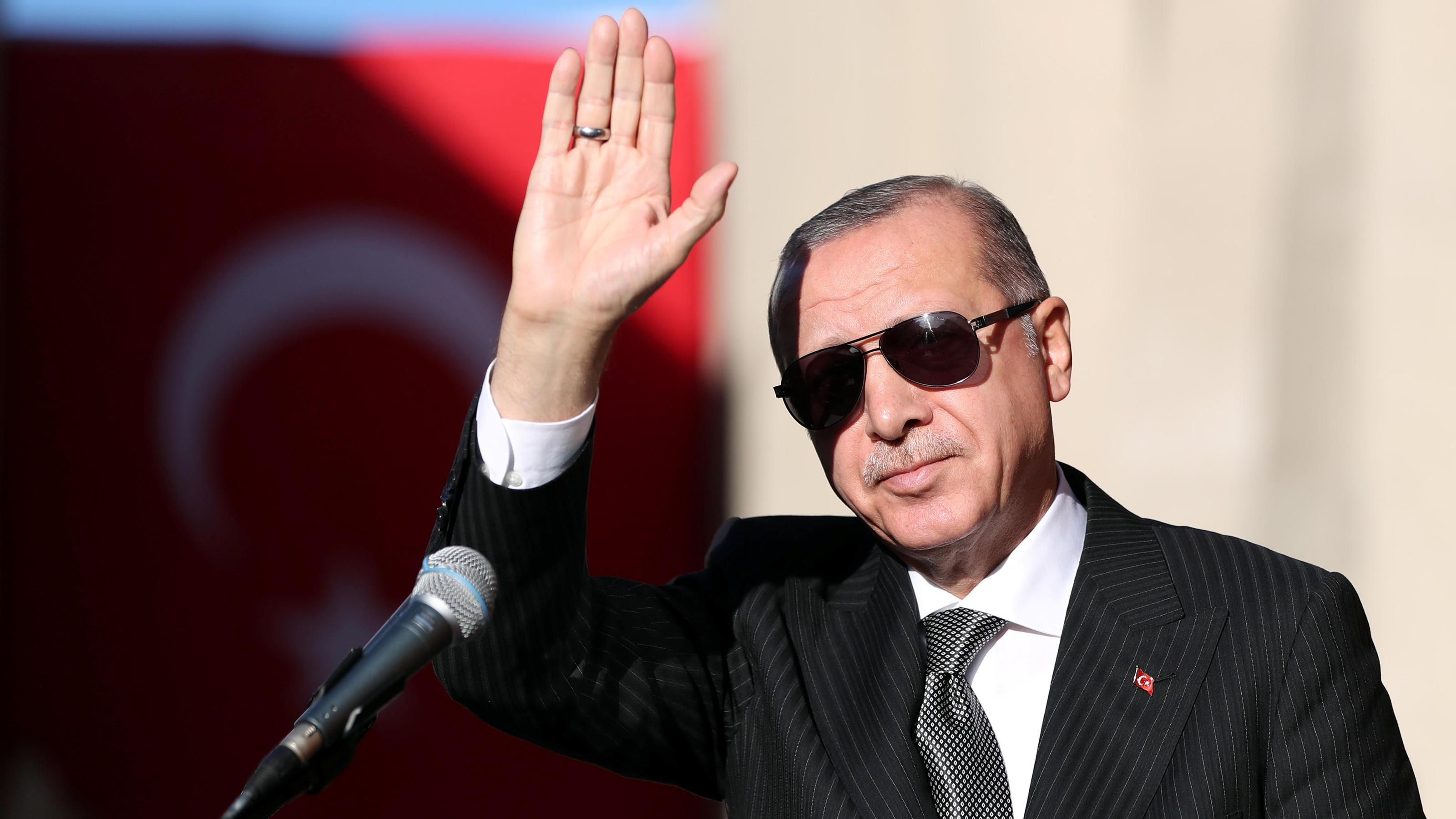 Recep Tayyip Erdogan fordert Deutschland auf, 136 Menschen auszuliefern