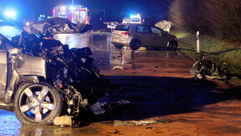Drei Tote bei Unfall auf der A1 bei Bargteheide