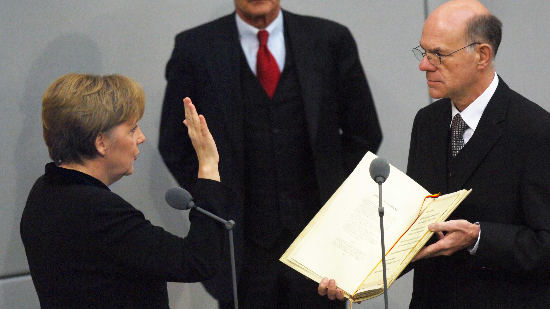 Angela Merkel wieder zur Bundeskanzlerin gewählt