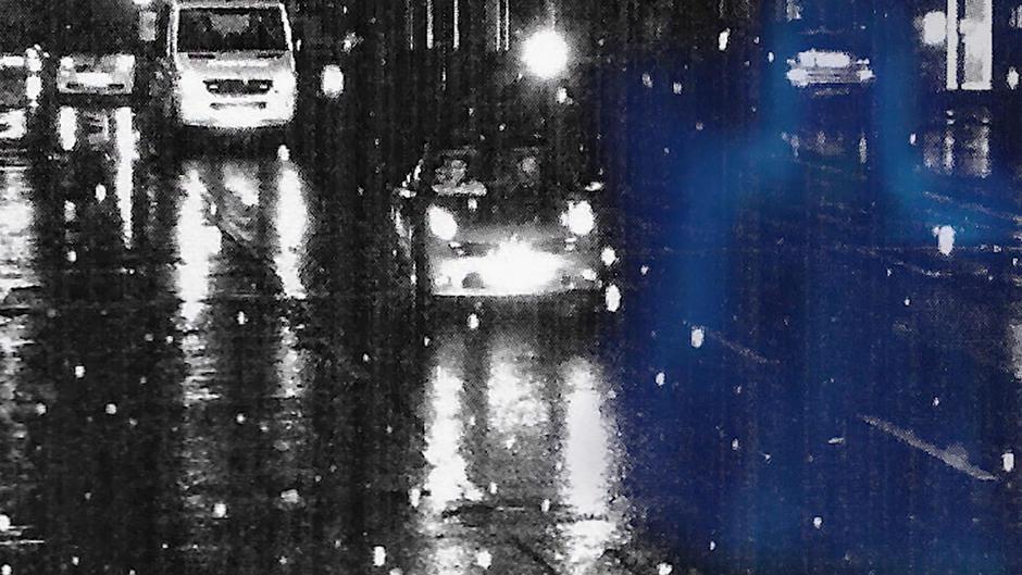 Bußgeldbescheid Wuppertaler Autofahrer weicht Polizeiwagen aus - Führerschein weg