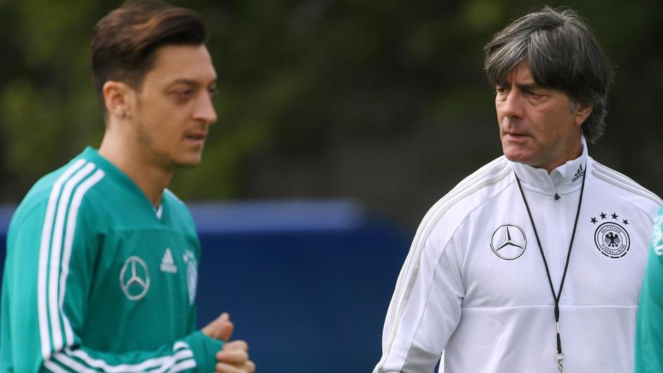 Bundestrainer: Löw war offenbar nicht über Rücktritt Özils informiert