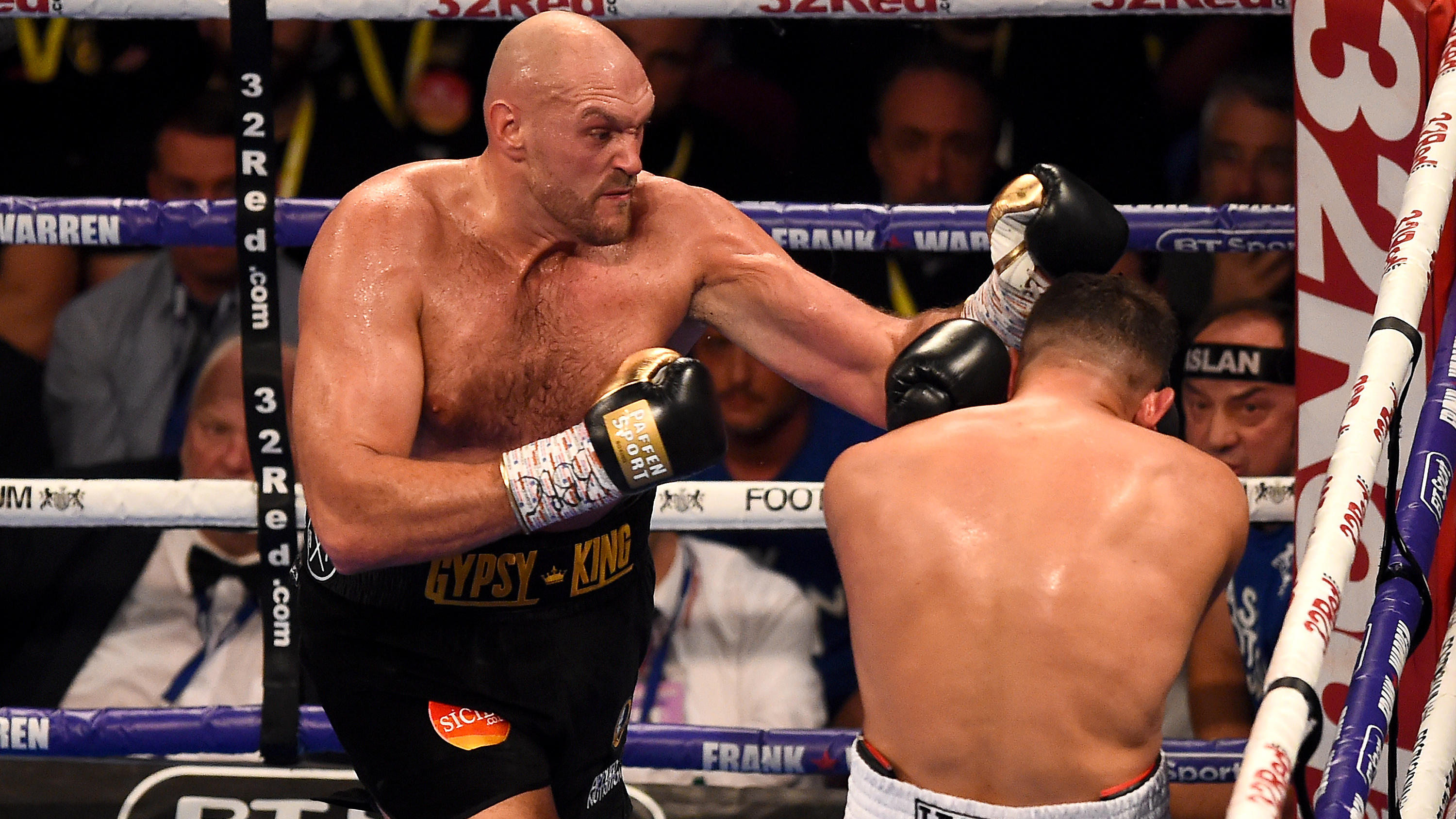 MANCHESTER, ENGLAND - JUNE 09:  Tyson Fury punches Sefer Seferi during there heavyweight contest at Manchester Arena on June 9, 2018 in Manchester, England.  (Photo by Nathan Stirk/Getty Images)