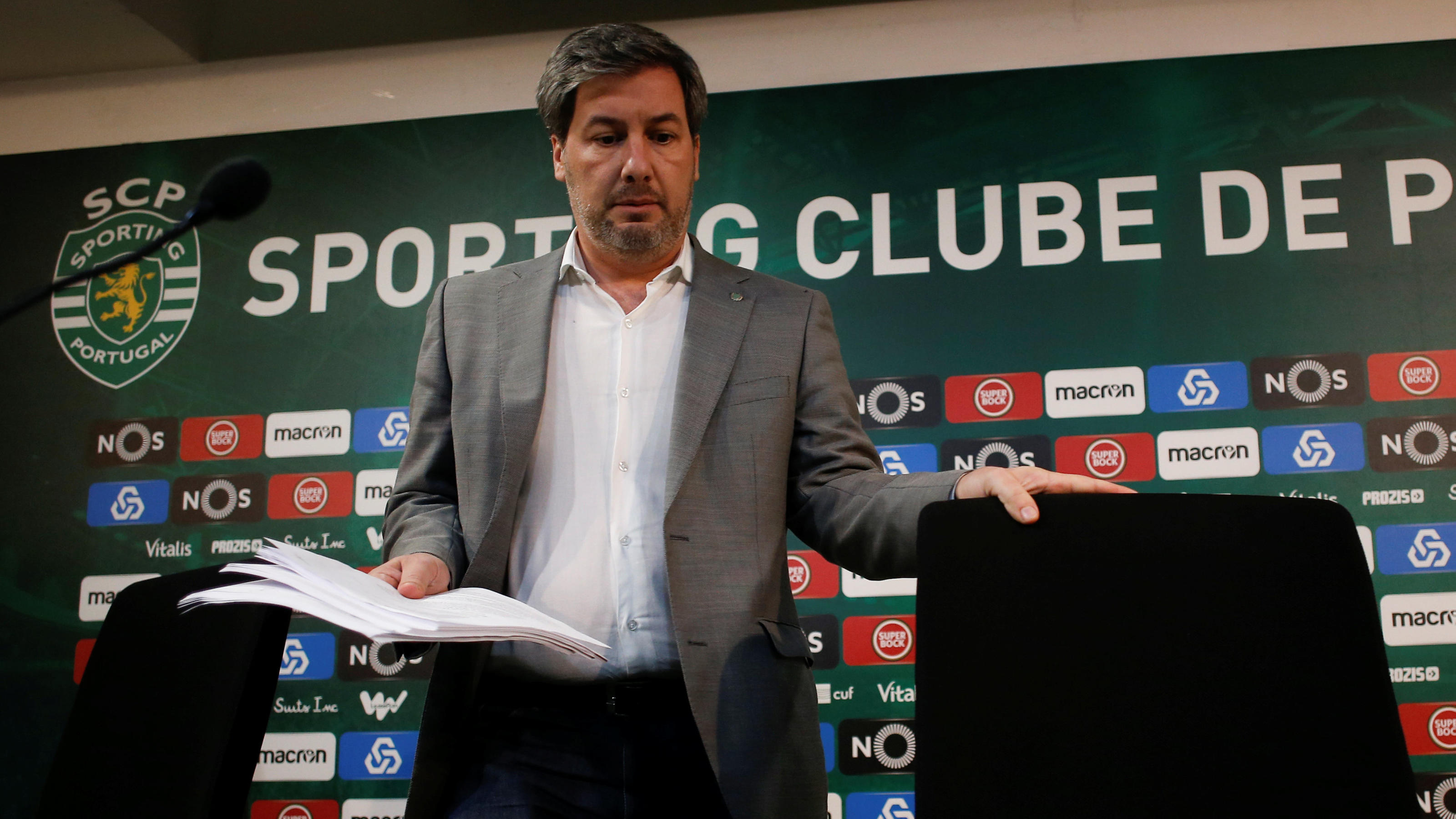 Sporting Portugal's President Bruno de Carvalho arrives at a news conference in Estadio Jose Alvalade in Lisbon, Portugal June 11, 2018. Picture taken June 11, 2018. REUTERS/Pedro Nunes