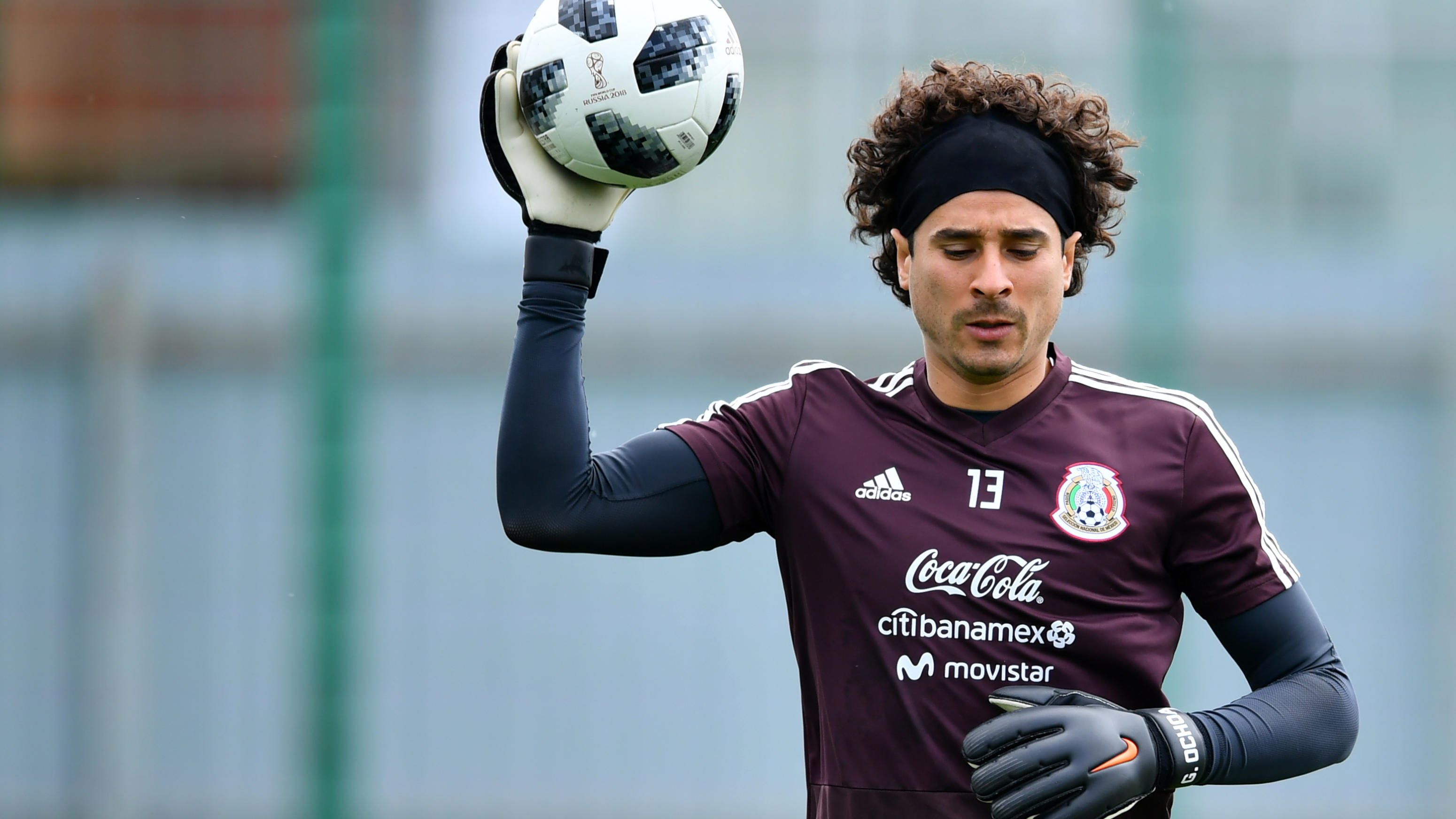 MOSCOW, RUSSIA - JUNE 14: Guillermo Ochoa of Mexico, holds a ball during a training session at team training base Novogorsk-Dynamo on June 14, 2018 in Moscow, Russia. (Photo by Hector Vivas/Getty Images)