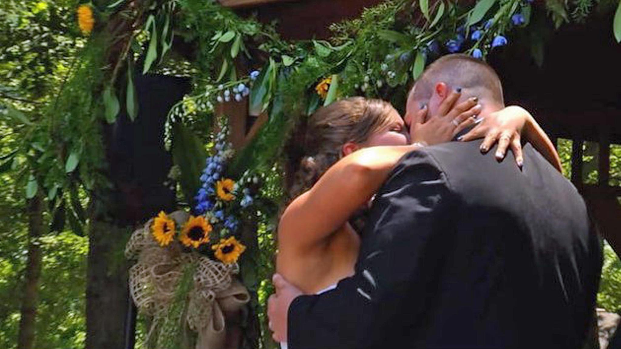Amnesie nach Autounfall: Braut Justice hat ihre eigene Hochzeit ...