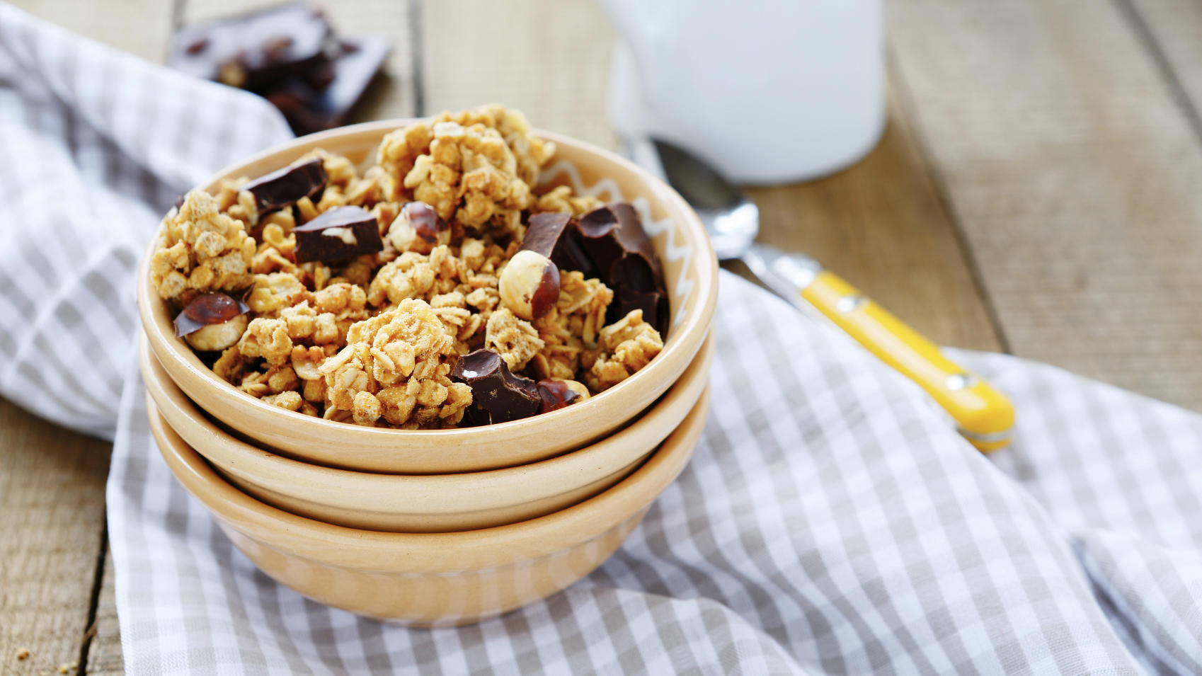 bowl of granola and chocolate chips, food closeup