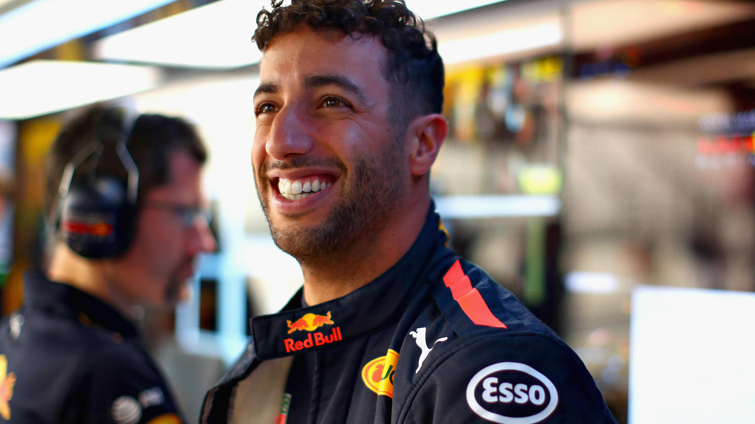 SUZUKA, JAPAN - OCTOBER 05:  Daniel Ricciardo of Australia and Red Bull Racing prepares to drive in the garage during practice for the Formula One Grand Prix of Japan at Suzuka Circuit on October 5, 2018 in Suzuka.  (Photo by Mark Thompson/Getty Imag