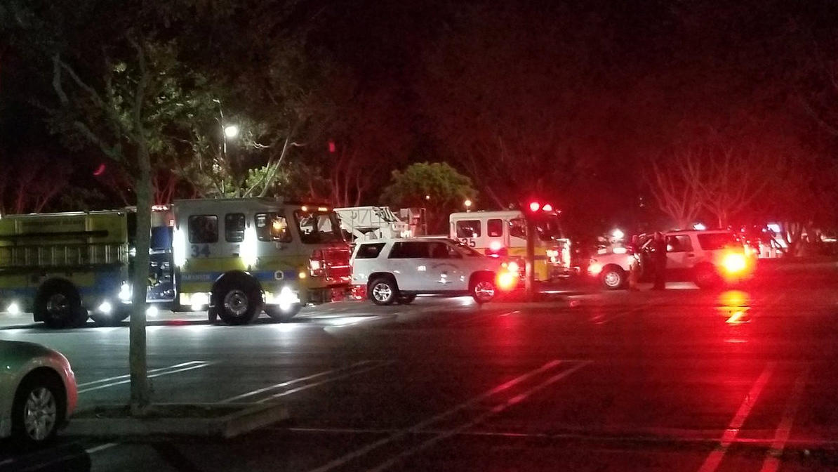 First responders are seen outside Borderline Bar and Grill in Thousand Oaks, California, U.S. November 7, 2018 in this image obtained from social media on November 8, 2018. Thomas Gorden/via REUTERS  ATTENTION EDITORS - THIS IMAGE HAS BEEN SUPPLIED B