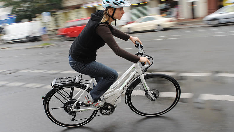 39 stiftung warentest 39 checkt e bikes bessere bremsen. Black Bedroom Furniture Sets. Home Design Ideas