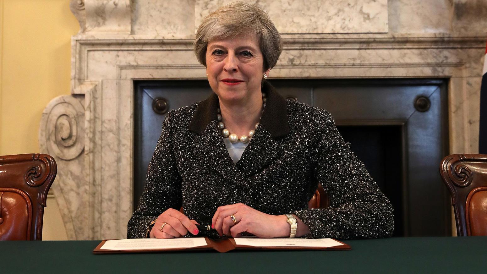 cheerio gro britannien may unterzeichnet brexit erkl rung wie teuer wird diese scheidung. Black Bedroom Furniture Sets. Home Design Ideas