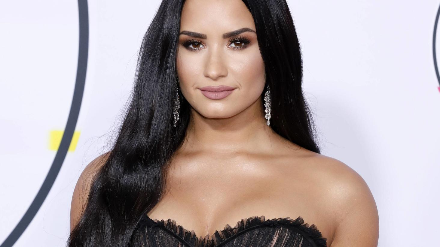 Demi Lovato im Hochzeitskleid: Dieses Bild lässt Fans durchdrehen