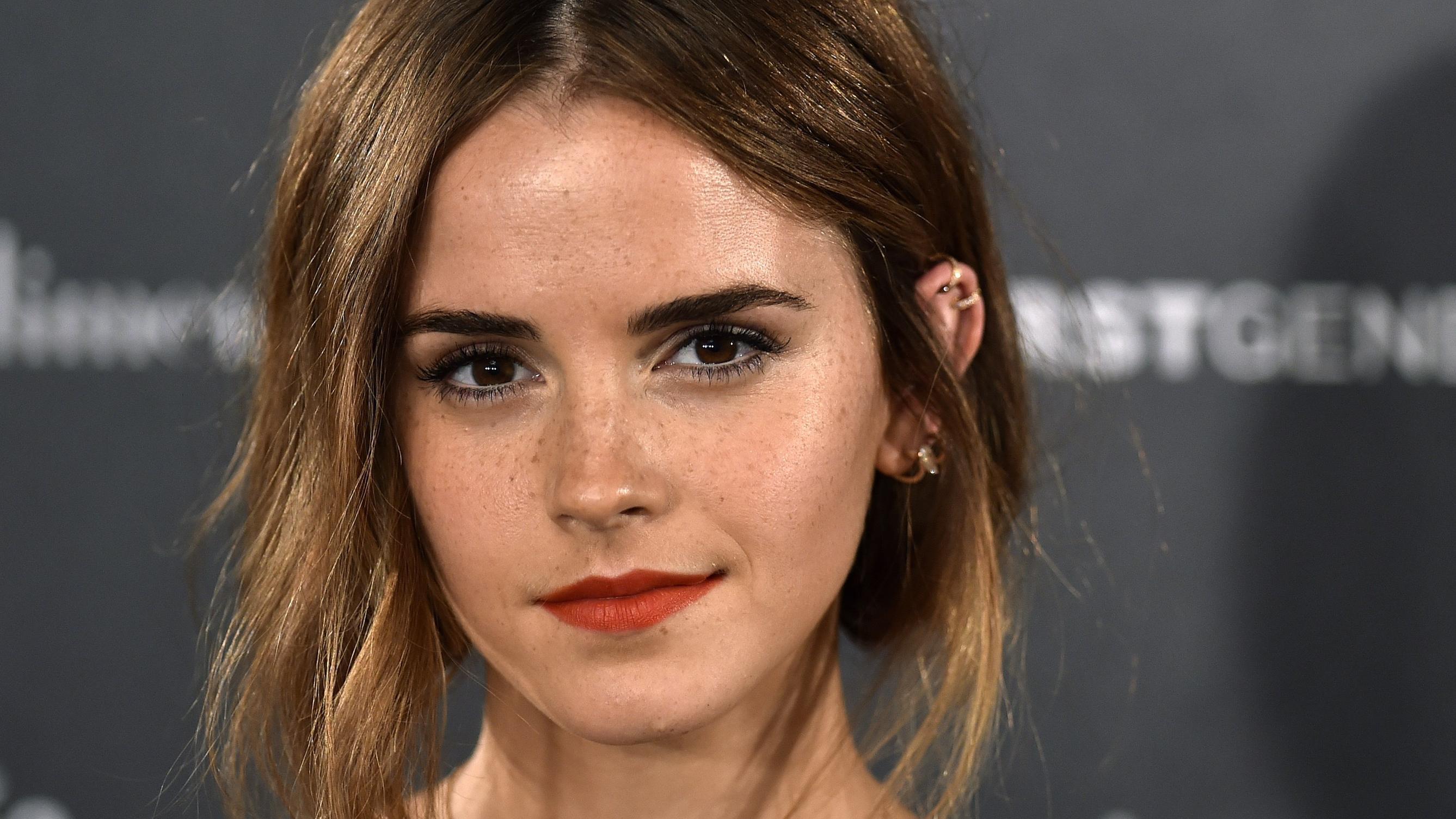 Deutsche Schauspielerin Mit Braunen Haaren Helle Haarfarbe 2019