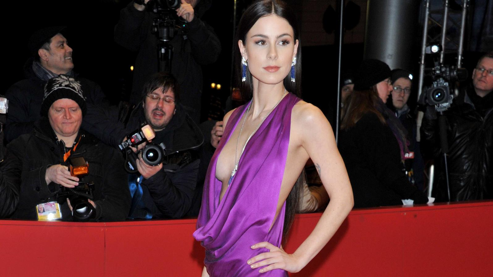 68th Berlin International Film Festival. Festival Internazionale del Cinema di Berlino 2018. Red Carpet film 3 Days in Quiberon . Pictured: Lena Meyer-Landrut PUBLICATIONxINxGERxSUIxAUTxONLY Copyright: xPoolxRomax2x/xIPAx/xPoolxRomax2x