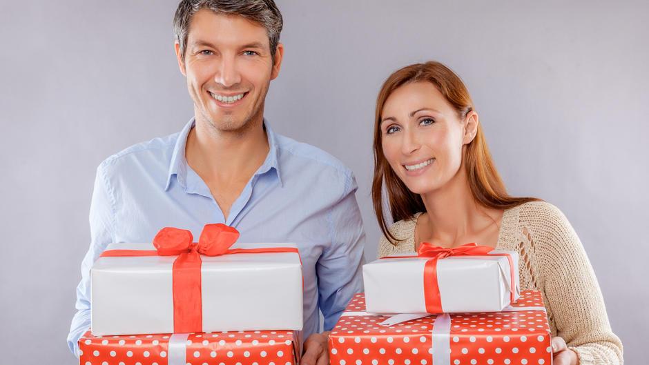 Geschenke verpacken: Wie Sie aus Alltagsgegenständen originelle ...